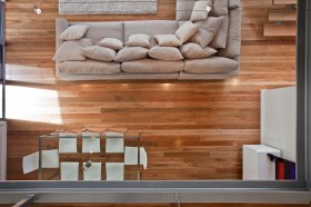Internally Spotted Gum flooring is used extensively throughout and clean lines are achieved by the use of white walls and ceilings and Stainless Steel lighting choices